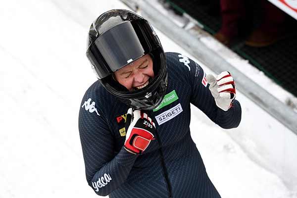 Katrin Beierl freut sich über ihren 5ten Platz beim Rennen am Königssee