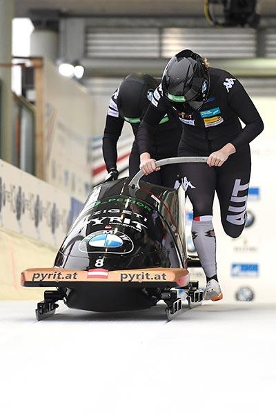 Startschuss für das Weltcup Rennen der Damen in Winterberg